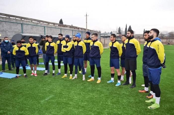 Gəncənin millət vəkilləri Kəpəz Futbol Komandasını ziyarət edib