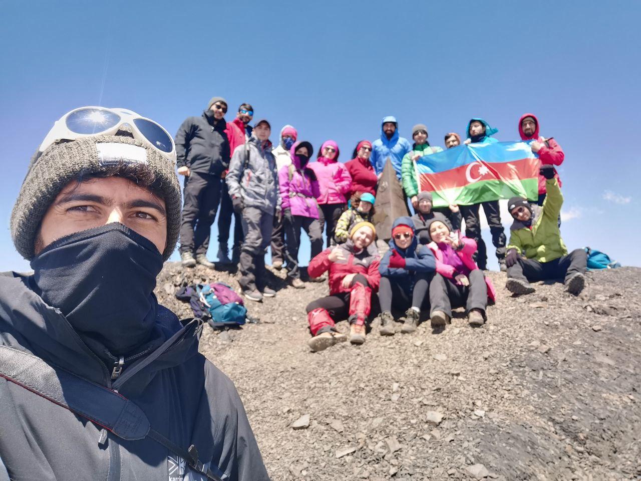 Azərbaycan Xalq Cumhuriyyətinin 100 illiyi Zirvəsi gənclər tərəfindən ziyarət olunub